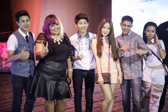 Stylist Trịnh Tú Trung dự sự kiện cùng dàn hot teen Thái Lan ảnh 5
