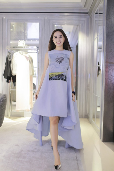 Hoa hậu Mai Phương Thuý xuất hiện nổi bật tại sự kiện lớn của châu Á ảnh 2