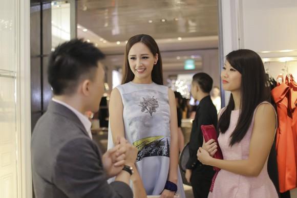 Hoa hậu Mai Phương Thuý xuất hiện nổi bật tại sự kiện lớn của châu Á ảnh 8