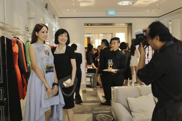 Hoa hậu Mai Phương Thuý xuất hiện nổi bật tại sự kiện lớn của châu Á ảnh 9