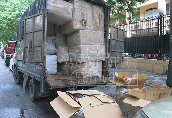 """""""Chặn đứng"""" một xe tải đồ chơi chưa kiểm định, từ Móng Cái về Hà Nội ảnh 3"""